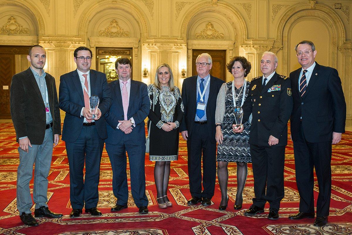 Entrega del premio al mejor documento del 2016